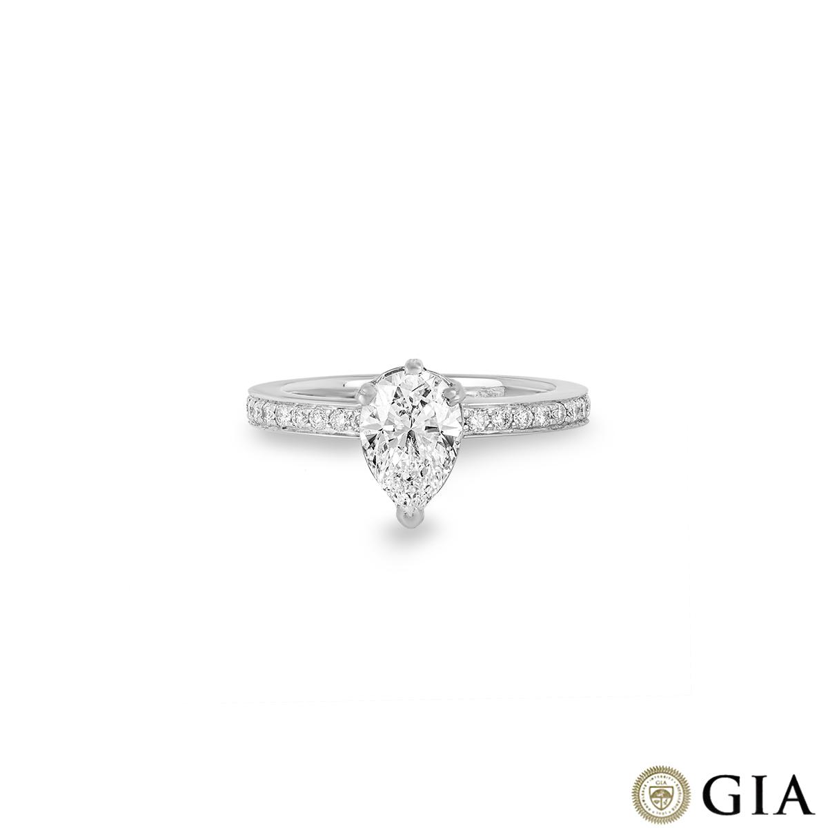Platinum Diamond Ring 1.21 G/VS1